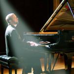 幸福之月。凱文柯恩鋼琴演奏會
